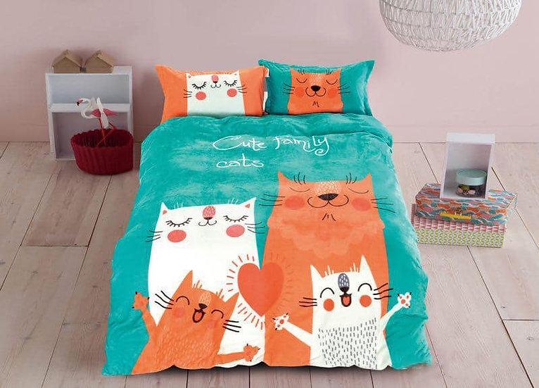 Cute Family Cats Kids Room Quilt Velvet Bedding