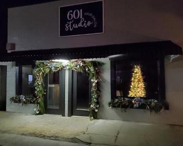 601 Salon Light Up Leakesville