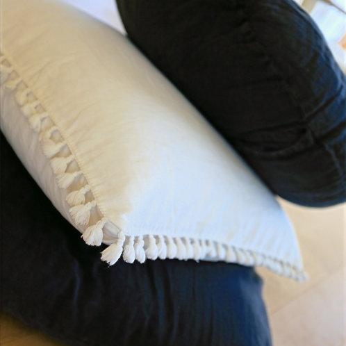 Grand coussin en lin blanc