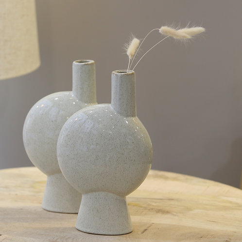 Vase asymétrique blanc cassé