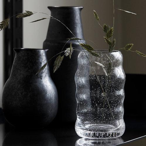 Petit vase en verre ondulé