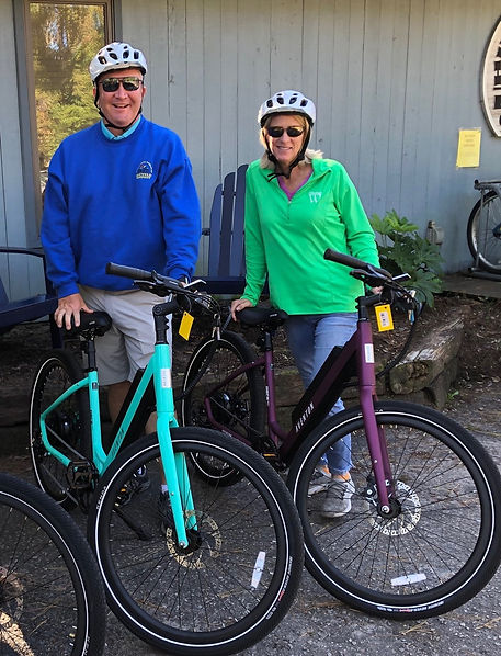 Jim and Sue on Ebikes.jpg