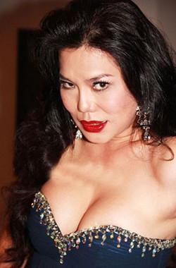 Cindy Thái Tài (b. 1981)