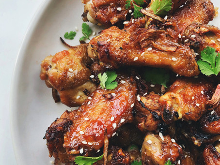 Honey Garlic & Sesame Glazed Chicken Wings
