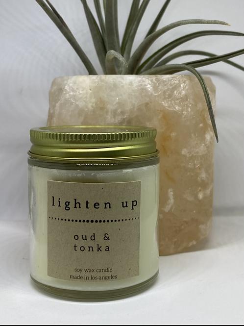 Oud & Tonka soy candle