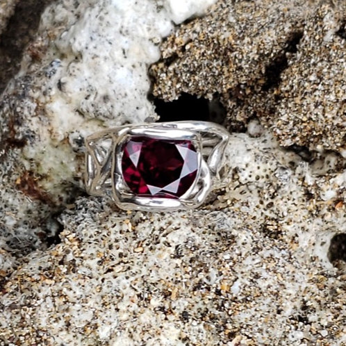 Wave Up Rhodalite Garnet Ring