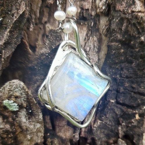 White Labradorite Diamond Shape Pendants.