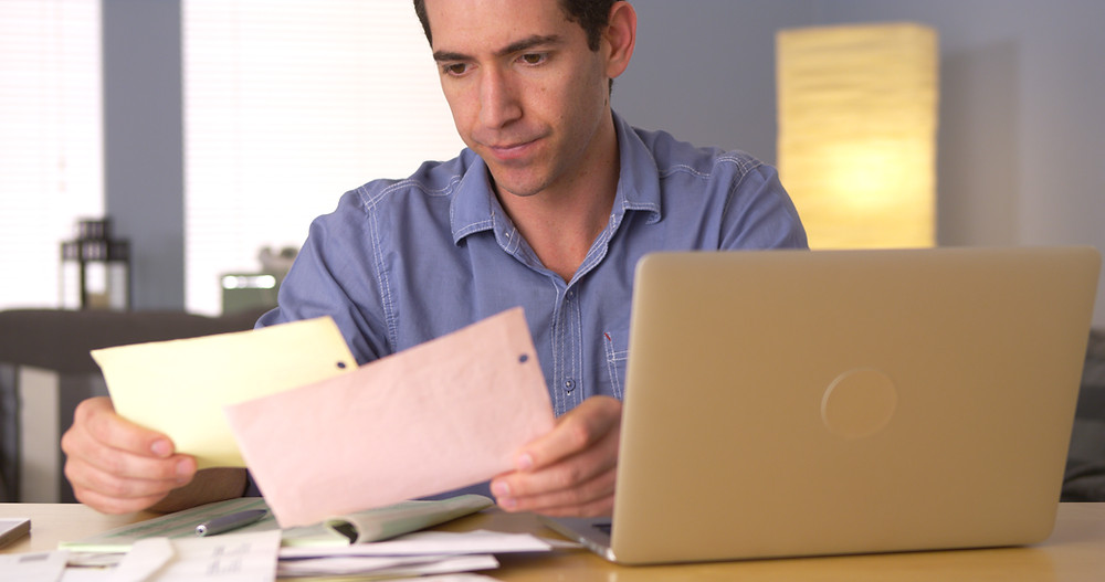 Owner-Operator Studying Truck Driver Tax Deductions