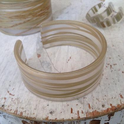 dconstruct thin resin cuff