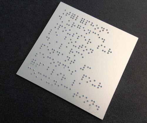 PLaque braille.jpg