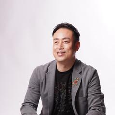 横山 泰治 氏|ヨコヤマヤスハル