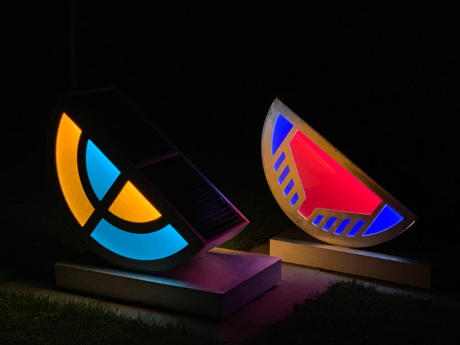 2 sculptures_night.JPG