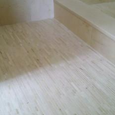 CREMA MARFIL shower curb and niche.jpg