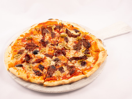 BELLISSIMA! Pizza Napoletana - Sun Dried Tomatoes and Olive (Vegetarian)