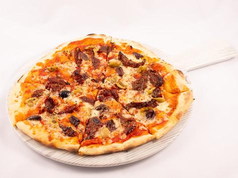 BELLISSIMA! Pizza Napoletana - Sun Dried Tomatoes and Olive (Vegetarian)