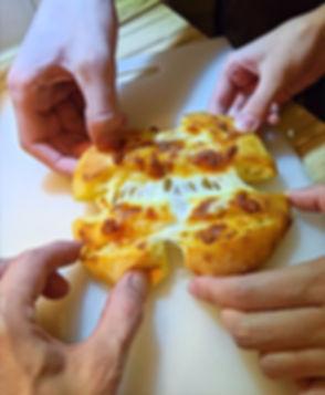 IMG-20200325-WA0070%20(1)%20-%20Pizza%20