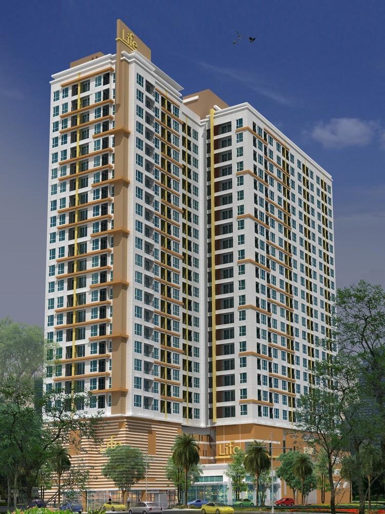 life-sukhumvit-condo-bangkok-596d7f33b8a