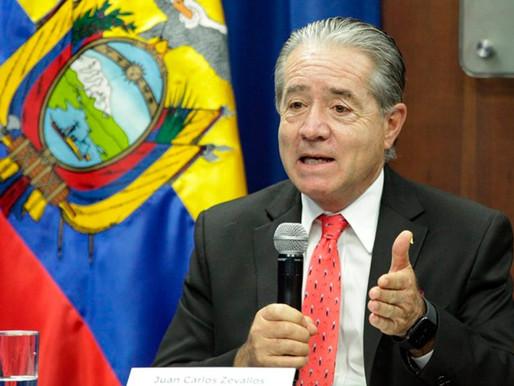 Vacunas Pfizer o AstraZeneca serían las primeras en llegar al Ecuador