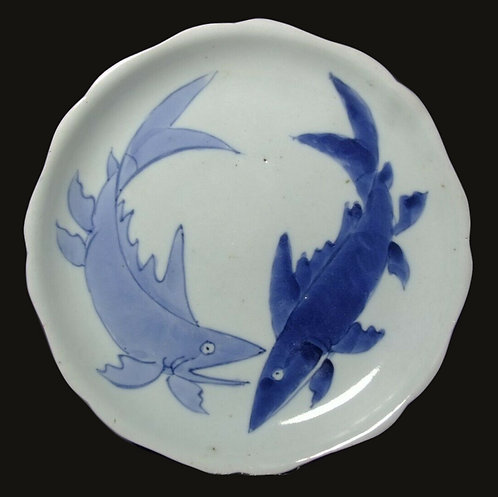Ko-Imari, Arita kiln, Lobed dish with Pair of Sweetfish, early Edo period, c1690