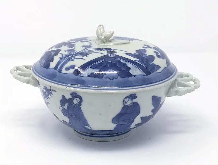 Japanese Export ecuelle & cover, Arita kiln, c1680