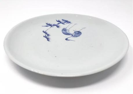 Ai Kakiemon dish with cranes, Nangawara kiln, Arita c1660-70