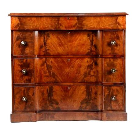 William IV mahogany chest of drawers c1830