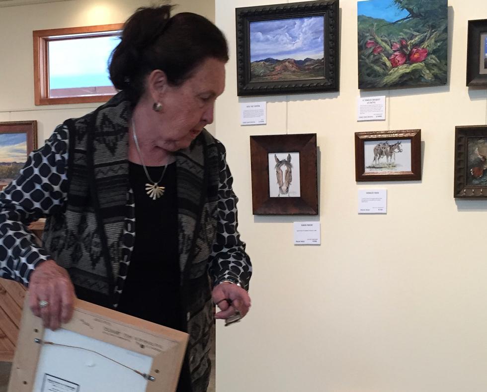 Gallery owner Roxa Robison