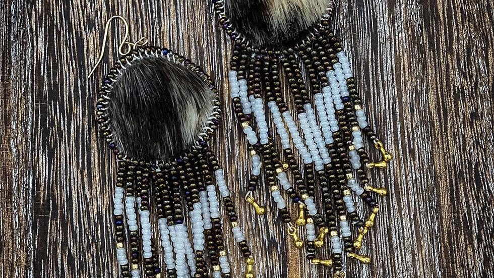 Seal earrings