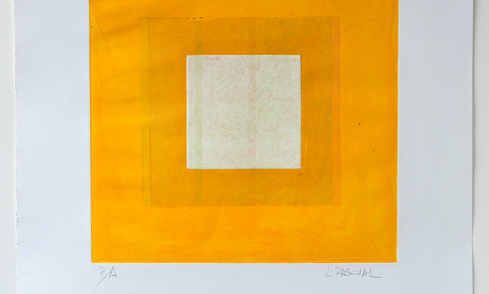 Aguafuerte con fondo claro de naranja