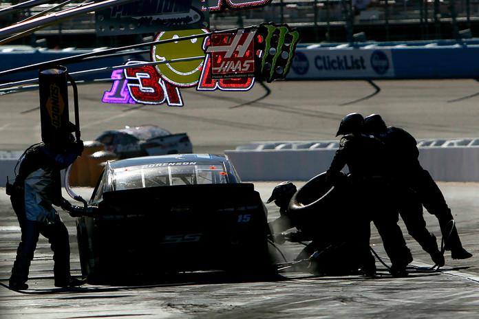 NASCAR Phoenix Auto Racing 018.jpg