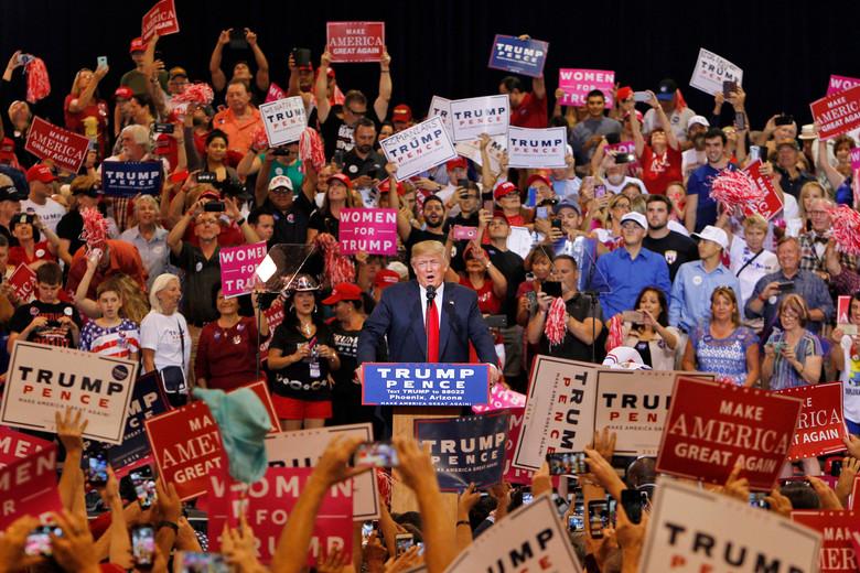 Trump Rally Arizona 035.jpg