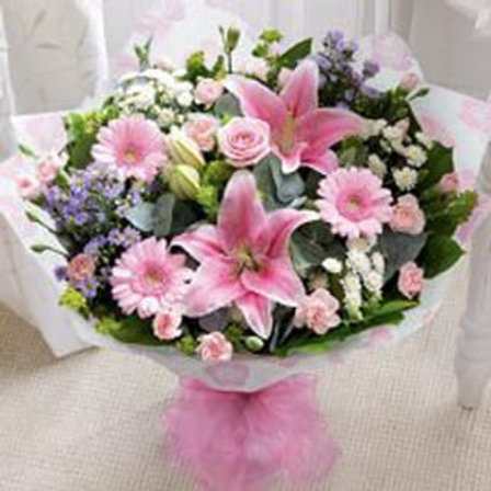 Hand tied bouquet Perfect gift bouquet for Birthday's, Anniversaries, Thank You's, Mothers Day, Get Well's and New Baby.