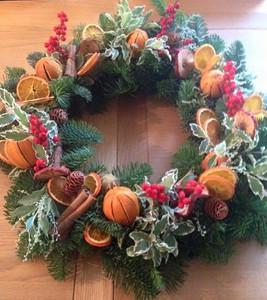 christmassprucewreath0001.jpg