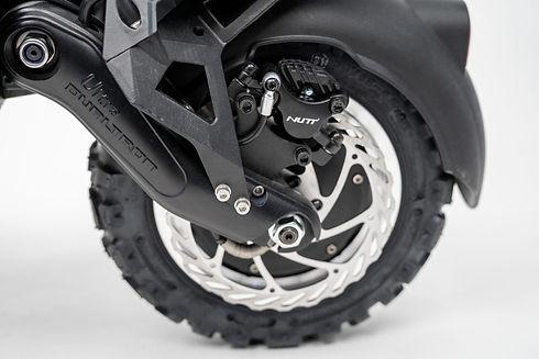 dualtron-ultra-2-tires.jpg