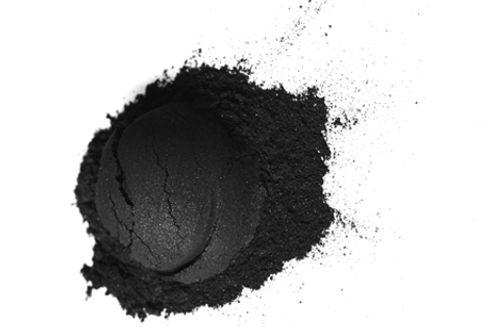 article_teeth_whitening_charcoal (1).jpg