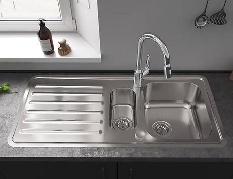 kitchen-sink_stainless-steel-s41_double-sink-with-drainboard-left_4x3_edited.jpg