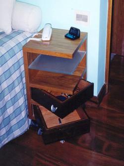 Design de Móveis: Mesa de cabeceira