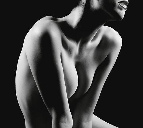 1585872583-breast-implant-types.jpg