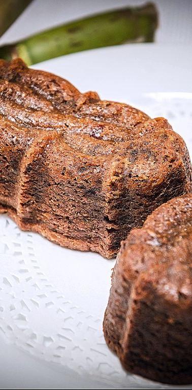 Black-Cake-Loaves.jpg