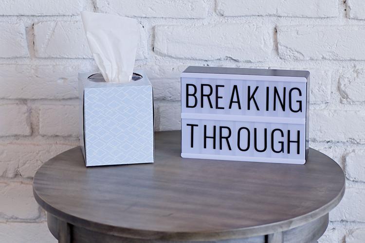 Breakt-4_Signage.jpg