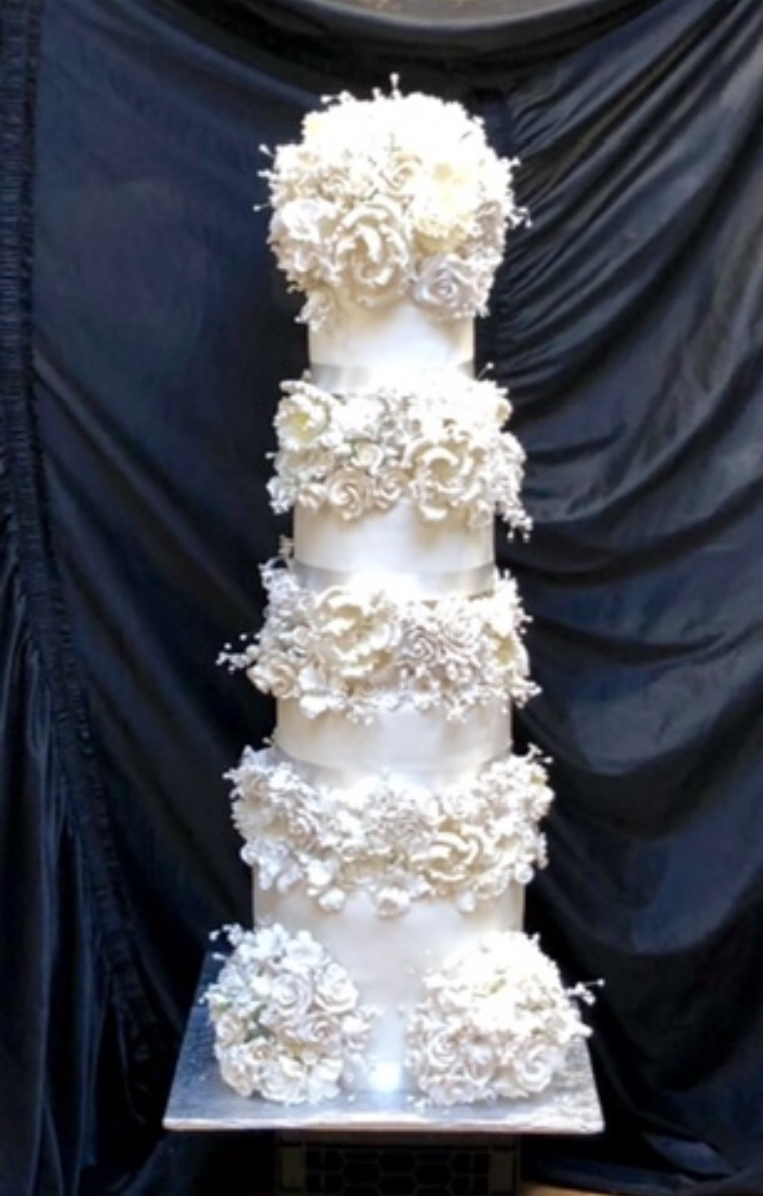 4 tier tower cake