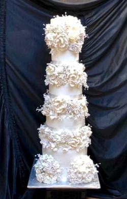 4 tier tower cake
