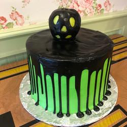 Green halloween cake