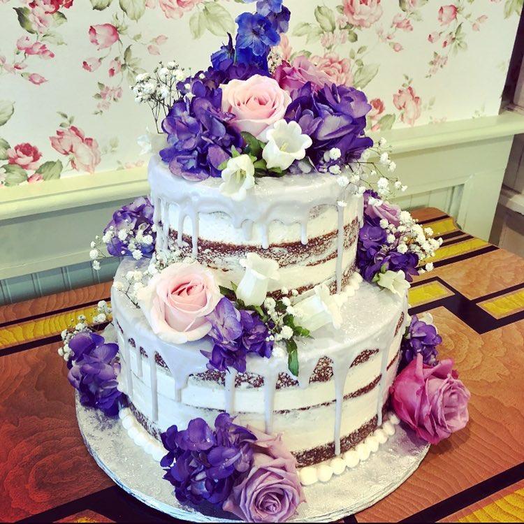 Naked purple cake