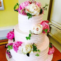 Flower tier cake