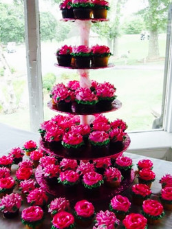 Pink flower cupcake display