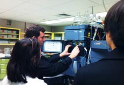 LEAD_visiting Georgetown Univ Medical Lab
