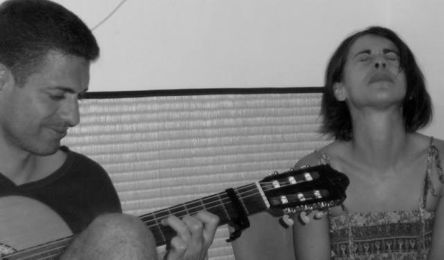 Facebook - Monica y Nihil
