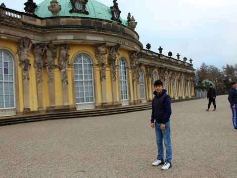 vor Friedrichs Sanssouci