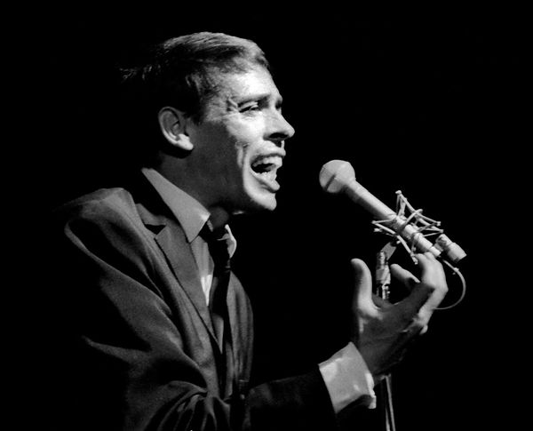 Brel_Chanteur_cover.jpg